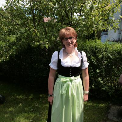 Anita In Tracht